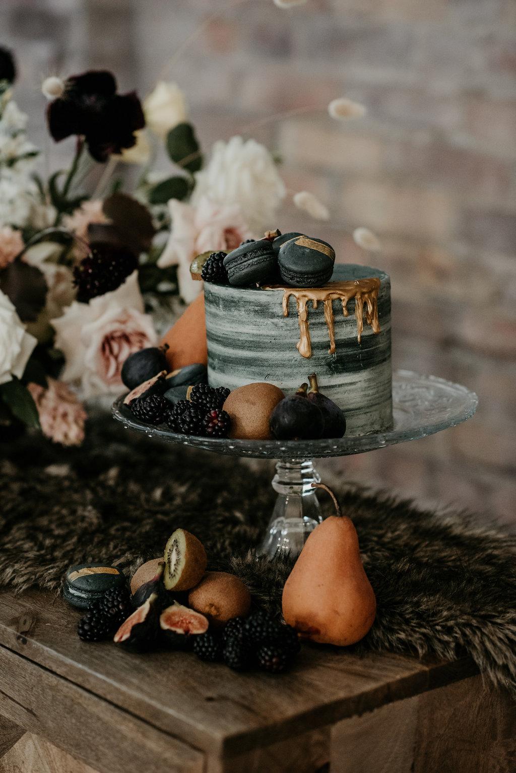 99 Sudbury, Barrie Wedding Planner, Wedding Designer, Elopement, Wedding Planner, Toronto Wedding Planner, Floral Backdrop, Romantic Elopement, Wedding Cake, Moody Wedding Cake, Barrie Wedding Cake, Toronto Wedding Cake